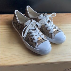 Coach Empire Signature Sneaker size 8